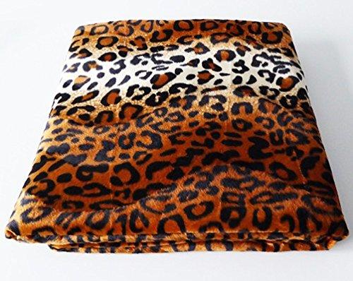 Kuscheldecke Animal Print, verschiedene Muster zur Auswahl, 145 x 180 cm, im Safari-Design, Material: 100prozent Polyester, waschbar bei 30°C, als Wohndecke im Kunstfell-Erscheinungsbild, als Überwurf & zur Deko, Farbe:Panther