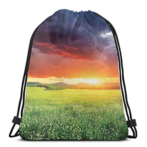 Jiger Drawstring Tote Bag gymnastiektas, opslag, mystical Horizon met Dark Storm Cloud in Meadow met Sunset View afbeelding, modern decor, hoge kwaliteit, voor volwassenen en kinderen