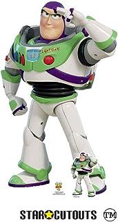Star Cutouts SC1361 Toy Story 4 Lifesize Cutout Buzz Lightyear Saluting con escritorio de cartón Standee de 129 cm de alto...