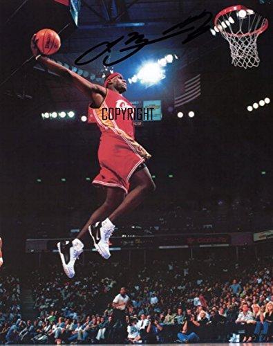 Fotografia autografata in edizione limitata del campione di basket Lebron James. Con autografo stampato certificato (lingua italiana non garantita)
