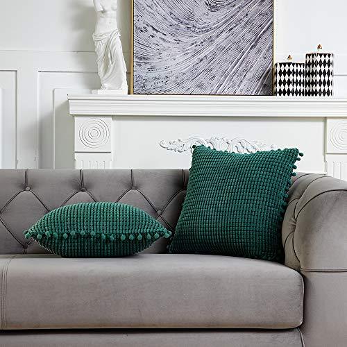 DEZENE 45x45cm Dekorative Kissenbezug mit Pompons - Grün 2er Pack Quadrat Cord Gestreifte Big Corn Kernels Kissenbezüge für Farmhouse Couch Sofa