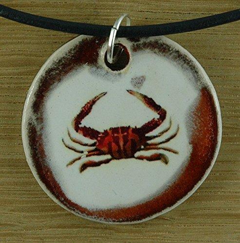 Echtes Kunsthandwerk: Hübscher Keramik Anhänger mit einem Krebs; Sonne, Meer, Strand, Urlaub, Sternzeichen, Sternbild, Tierkreiszeichen, Astrologie