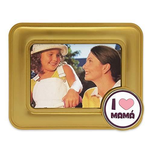 Marco de Fotos de Metal con Baño de Oro - Día de la Madre - Medallón de Metal con Crystal Dome a Elegir Entre 8 diseños - Presentado en Caja de Regalo. (I Love Mamá)