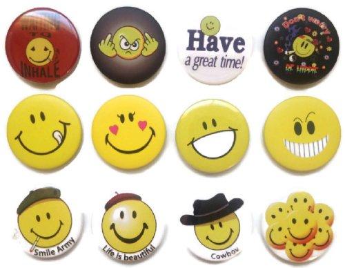 Emoticon divertente faccina smiley #4 impressionante qualità lotto 12 nuovi perni bottone distintivo 3,2 cm