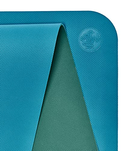 Manduka Begin Yoga Mat – Premium 5mm Thick Yoga Mat with Alignment Stripe, Beginner Fitness Exercise Mat, Suitable for Yoga and Pilates, Support and Stability | Reversible, 68 Inches, Bondi Blue Color