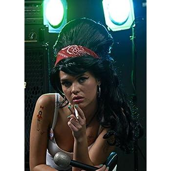 Peluca gótica negro de Amy Winehouse: Amazon.es: Juguetes y juegos