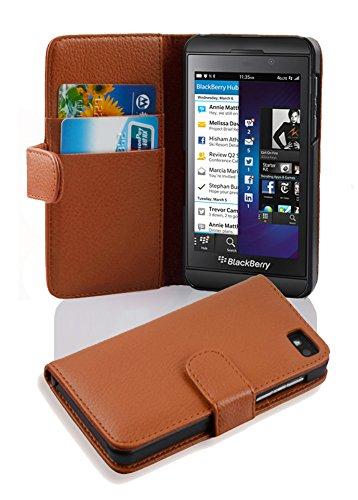 Cadorabo Hülle für BlackBerry Z10 - Hülle in Cognac BRAUN – Handyhülle mit Kartenfach aus struktriertem Kunstleder - Hülle Cover Schutzhülle Etui Tasche Book Klapp Style