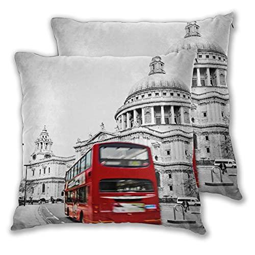 CONICIXI 2 Pack Funda de Almohada La Famosa Catedral de San Pablo con el icónico autobús Rojo en Londres pasando a Toda Velocidad Lino Suave Cuadrado Sofá Cama Decoración Hogar para Cojín 60cm x 60cm