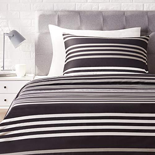 AmazonBasics - Juego de ropa de cama con funda de edredón, de satén, 135 x 200 cm / 50 x 80 cm x 1, A rayas
