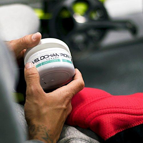 VeloChampion Luxus Anti Scheuern Chamois Cream Mit Menthol Duft, Idealer hygienischer Balsam für Radfahrer, Läufer und andere sportbezogene Aktivitäten – Gut für Ihre Haut, reduziert Reibung und verhindert Entzündungen (150ml) - 3