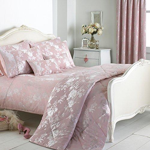 Luxurious pale pink damask bedding