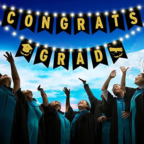 Banner de 2021 We are So Proud of You con Cadena de Luz LED de 8 Modos Guirnalda de Graduación Colgante de Iluminación Blanca Signo de Banderas de Empavesado o Decoración de Graduación