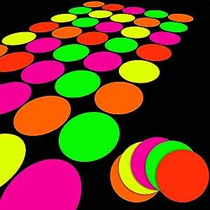 25 Hojas de Papeles de Neón, Decoración de Fiesta Brillante Juegos DIY de Movimientos de Piso Baile Twister clásico UV Cartulina Multicolor Reactiva para Neón con Luz Negra, 5 Colores, Fluorescente