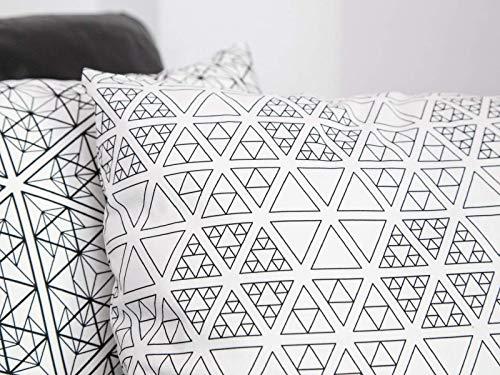 Heller Bezug für Sofakissen mit weißen Sierpinski-Dreiecken, 50x50 cm, schwarzweiß, Muster beidseitig