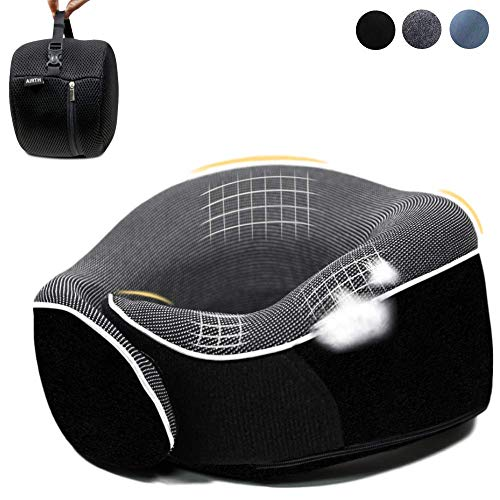 AIRTH® Reise-Nackenkissen aus Memory-Foam - Nackenhörnchen mit optimaler 360° Stützfunktion mit Schlafbrille Ohrenstöpsel und Reisetasche