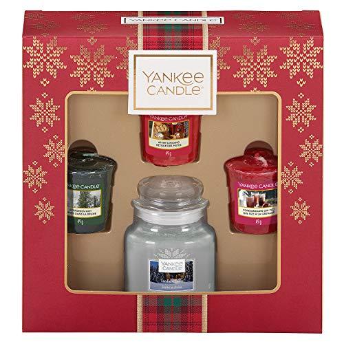 Yankee Candle Set de Regalo con 3 Velas Votivas Aromáticas y una Vela Aromática en Tarro Pequeño, Colección Alpine Christmas, Estuche de Regalo Navideño