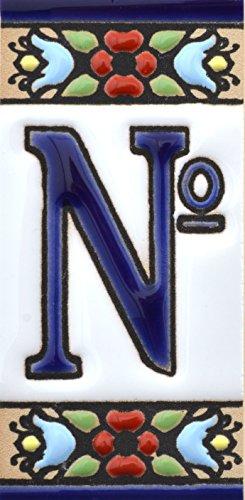 Letreros con numeros y letras en azulejo de ceramica pintados a mano en técnica cuerda seca para nombres y direcciones. Texto personalizable. Diseño FLORES MINI 7,3 cm x 3,5 cm. (SIMBOLO 'NUMERO Nº ')