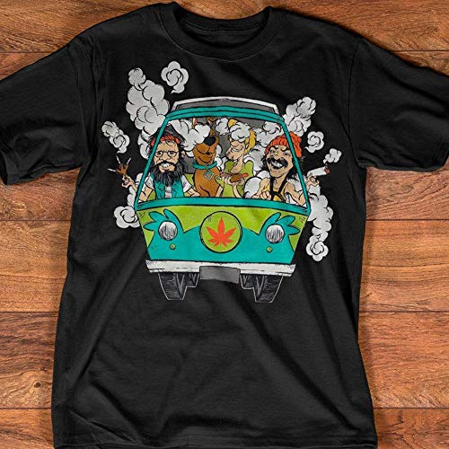 Amazon Com Scooby Doo Smoke Weed In Hippie Car Shirt Mystery Van Classic Cartoon T Shirt Handmade