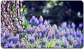 ムスカリの花、ブルー、森、木 パターンカスタムの マウスパッド 植物・花 デスクマット 大 (60cmx35cm)