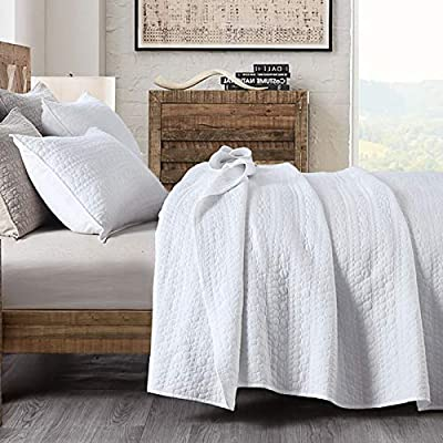 Quilt Set King Size White, Classic Geometric Spots Stitched Pattern, Pre-Washed Microfiber Chic Rustic Look , Ultra Soft Lightweight Quilted Bedspread for All Season, 3 Pieces by HORIMOTE HOME