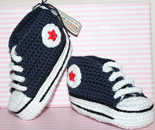 Babyschuhe häkeln, Unisex. Stil, Converse All Star. Farbe Marineblau, aus 100% Baumwolle, 4 Größen 0-12 Monate. handgefertigt in Spanien. Turnschuh gehäkelt gestrickt. Geschenk fürs Baby