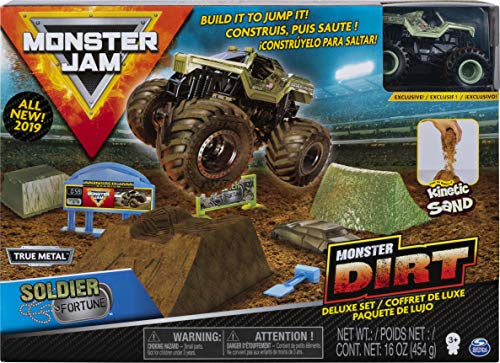 Monster Jam, Soldier Fortune Monster Dirt Deluxe Set, Featuring 16oz of Monster Dirt and Official 1:64 Scale Die-Cast Monster Jam Truck