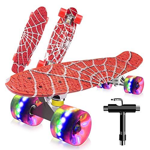Saramond Skateboards Komplette 55cm Mini Cruiser Retro Skateboard für Kinder Teens Erwachsene Anfänger, Bunte LED-Räder mit All-in-One Skate T-Tool für Schule und Reisen (Rotes Spinnennetz)