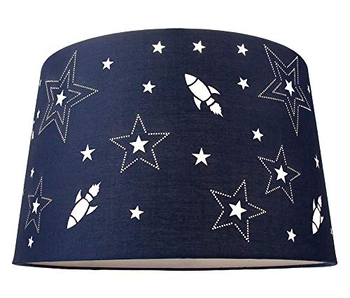 Fun Rockets and Stars Kinder/Kinder Blue Cotton Schlafzimmer Anhänger oder Lampenschirm von Happy Homewares