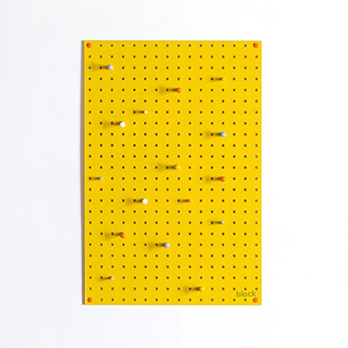 Geperforeerde plaat met houten naalden
