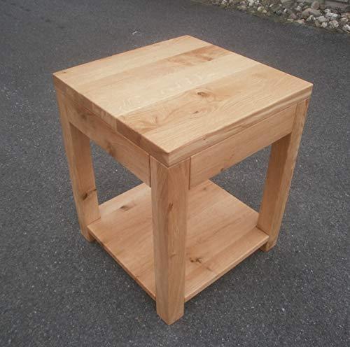 Bijzettafel houten tafel wild eiken knoestig massief. Afmetingen: 34 x 34 x 46 cm hoog. Op maat gemaakt.