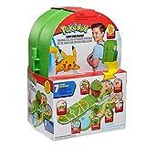 Pokémon Carry Case Spielset, enthält 1x 5 cm Pikachu-Figur und 1x Tragetasche, die Sich zu einem Pokemon-Schlachtfeld zusammenfalten lässt. Offiziell lizenziert 2020