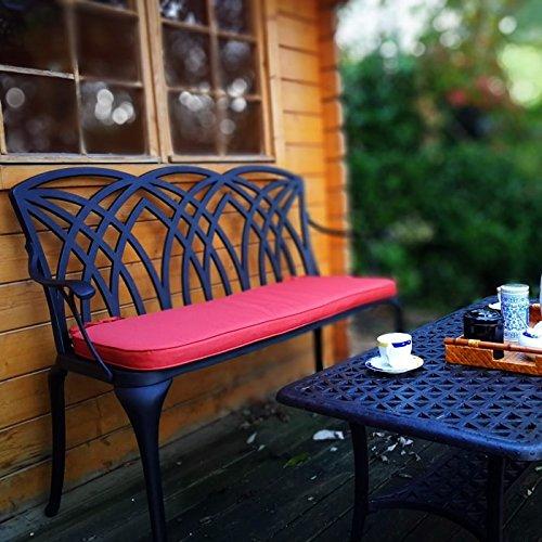 Lazy Susan – SANDRA Quadratischer Kaffeetisch mit 1 APRIL Gartenbank – Gartenmöbel Set aus Metall, Antik Bronze (Beiges Kissen) - 3