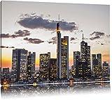 Wolkenkratzer bei Sonnenuntergang Format: 60x40 auf