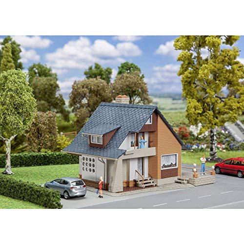 Faller FA131359 Haus mit Balkon Modellbausatz, verschieden