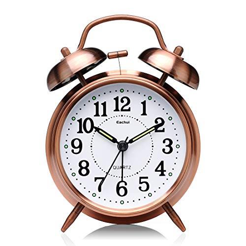 Eachui Doppelglockenwecker mit Nachtlicht, großes Zifferblatt von 4 Zoll, Analog Quarzwecker mit lautem Alarm,kein Ticken, geräuschlos, Batteriebetrieben Wecker Retro Design (Bronze)