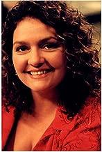 The Sopranos (TV Series 1999 - 2007) 8 Inch x10 Inch Photo Aida Turturro Smiling Head Shot kn