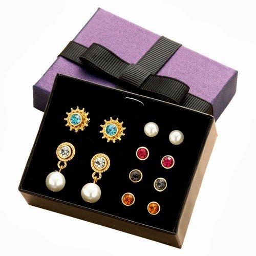 Avon Set mit Ohrsteckern und Ohrringen, austauschbar, in Geschenkbox, 6 Paar