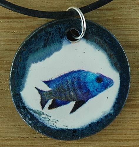 Echtes Kunsthandwerk: Toller Keramik Anhänger mit einem Fisch; Aquarium, Urlaub, Meer, See, Teich, Wasser
