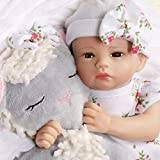 Preemieサイズの小さな生まれ変わった赤ちゃん人形 - 12インチ、GentleTouchビニールヘッド、フルビニールアーム&レッグ、Huggable Weighted Cloth Body - 3歳以上の女の子に最適な生まれ変わる人形。 髪はその本当の新生児/未熟児の外観のために手塗りです。フラッタスリーブのワンピース、帽子、そして抱きしめる子羊のぬいぐるみが含まれています。 この現実的な生まれたばかりの赤ちゃん人形は、コレクターズボックスの中に到着します、そして、芸術家のサインで番号の本...
