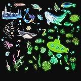 63 Pezzi Adesivi Murali Mare Illuminano Al Buio Adesivi Fluorescenti a Tema Oceano Adesivi Creature del Mondo Marino Luminose Decorazioni Murali Animali Subacquee per Bambini Cameretta Asilo