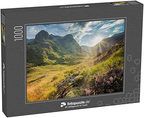 fotopuzzle.de Puzzle 1000 Teile Blick ins Tal unterhalb der Berge von Glencoe, Lochaber, Highlands, Schottland, UK