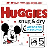 HUGGIES Snug & Dry Baby Diapers, Size 5 (Fits 27+ Lb.), Huge Pack (Packaging May Vary), 152 Count
