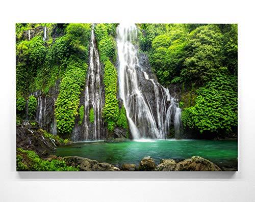 EIN Atemberaubendes Bild – Wald und Wasserfall - als 200x150cm große XXL Leinwand. Tolles Wandbild als Hintergrund und Deko für Wohnzimmer & Schlafzimmer. Fertig aufgespannt auf 4cm Holz-Keilrahmen
