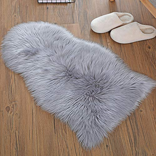 QHWLKJ【2019 Upgraden Non Slip】 Faux Sheepskin Fur Rug Soft Fluffy Carpets Chair Couch Cover Seat Area Rugs for Bedroom Sofa Floor Living Room (2x3 ft arc Rug, Gray)