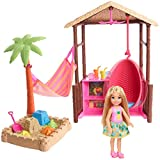 Barbie FWV24 Chelsea Tiki Playset with Small Blonde Doll, Hut with Swing, Hammock, Moldable Sand and Accessories, Multicolour