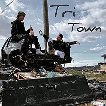 Tri Town (feat. Smalls)