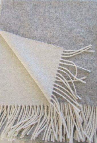 Alpenwolle Kaschmir Plaid doppelseitig Silber/Creme in dem Geschenk Karton, Wolldecke 135x185 cm