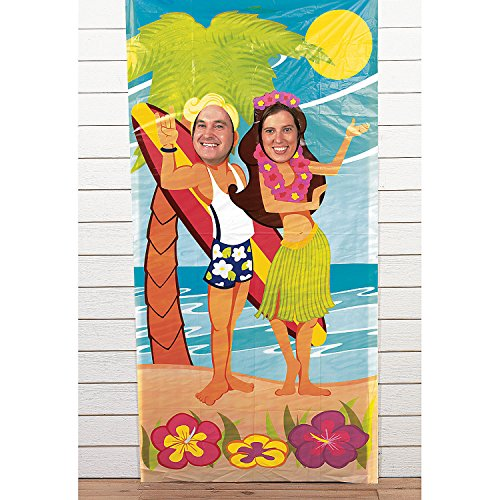 Fun Express - Luau Couple Photo Door Banner (pc) for Party - Party Decor - Door Decor - Photo Door Banners - Party - 1 Piece