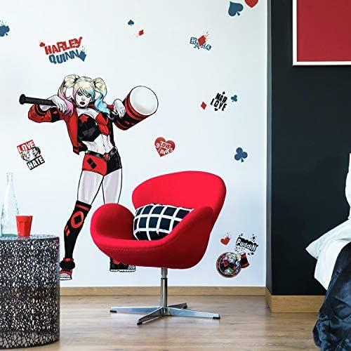 Harley quinn room decor _image0