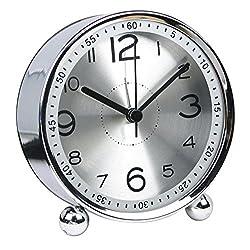 chengsan Alarm Clock,4 inch Round Table Clock, Non-Ticking Silent Metal Small Clock ,Classic Retro Style Quartz Clock, Battery Alarm Clock,Desk Cupboard Bedside Travel Alarm Clock(Silver)